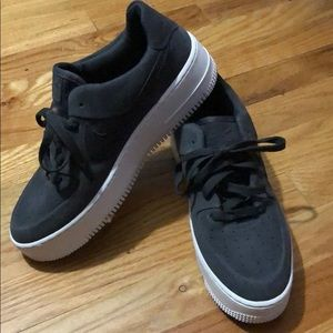Nike platform air force 1 size 9